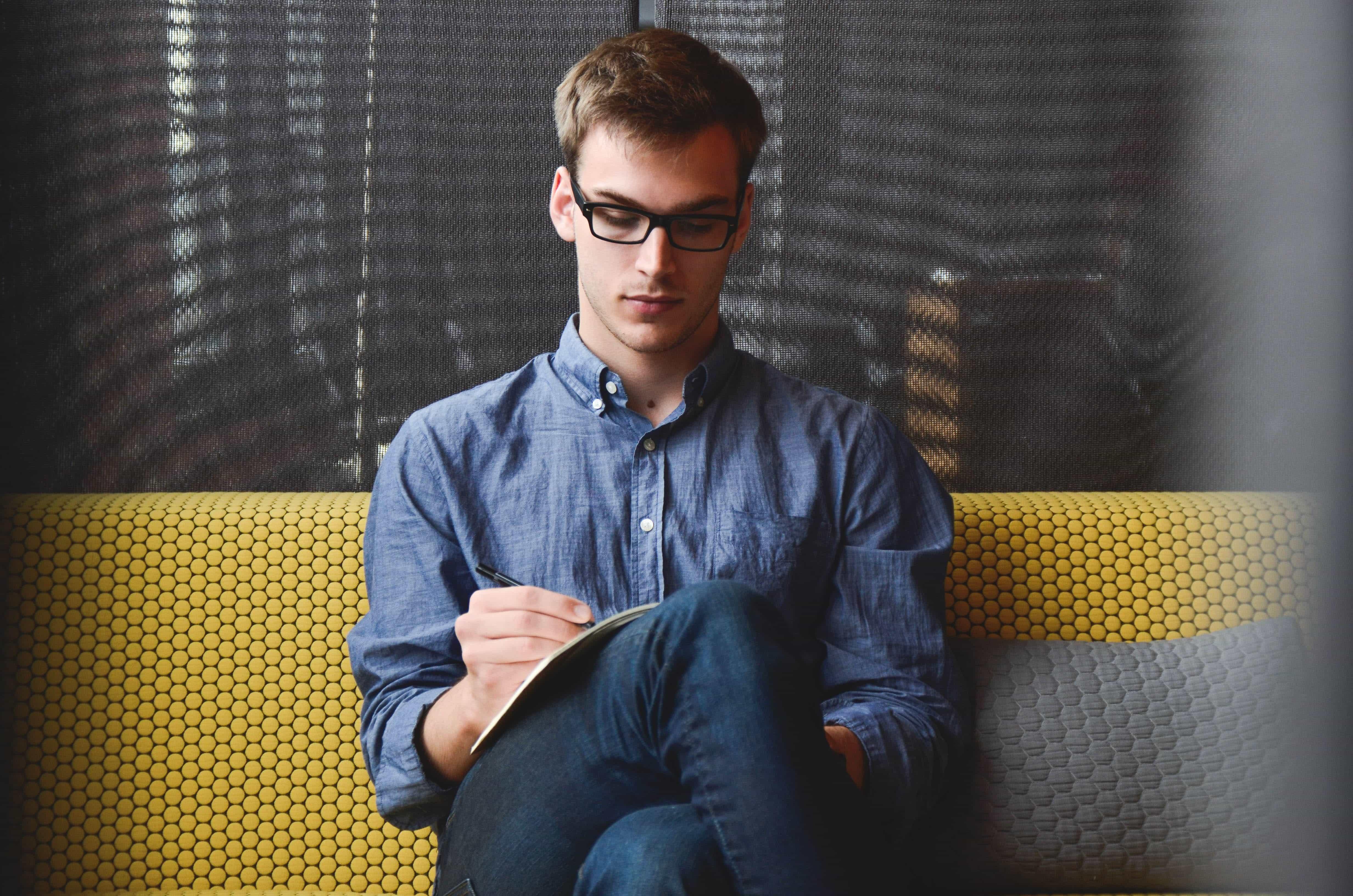 Herramientas para blogger. Cuatro hábitos de gran utilidad para ellos.