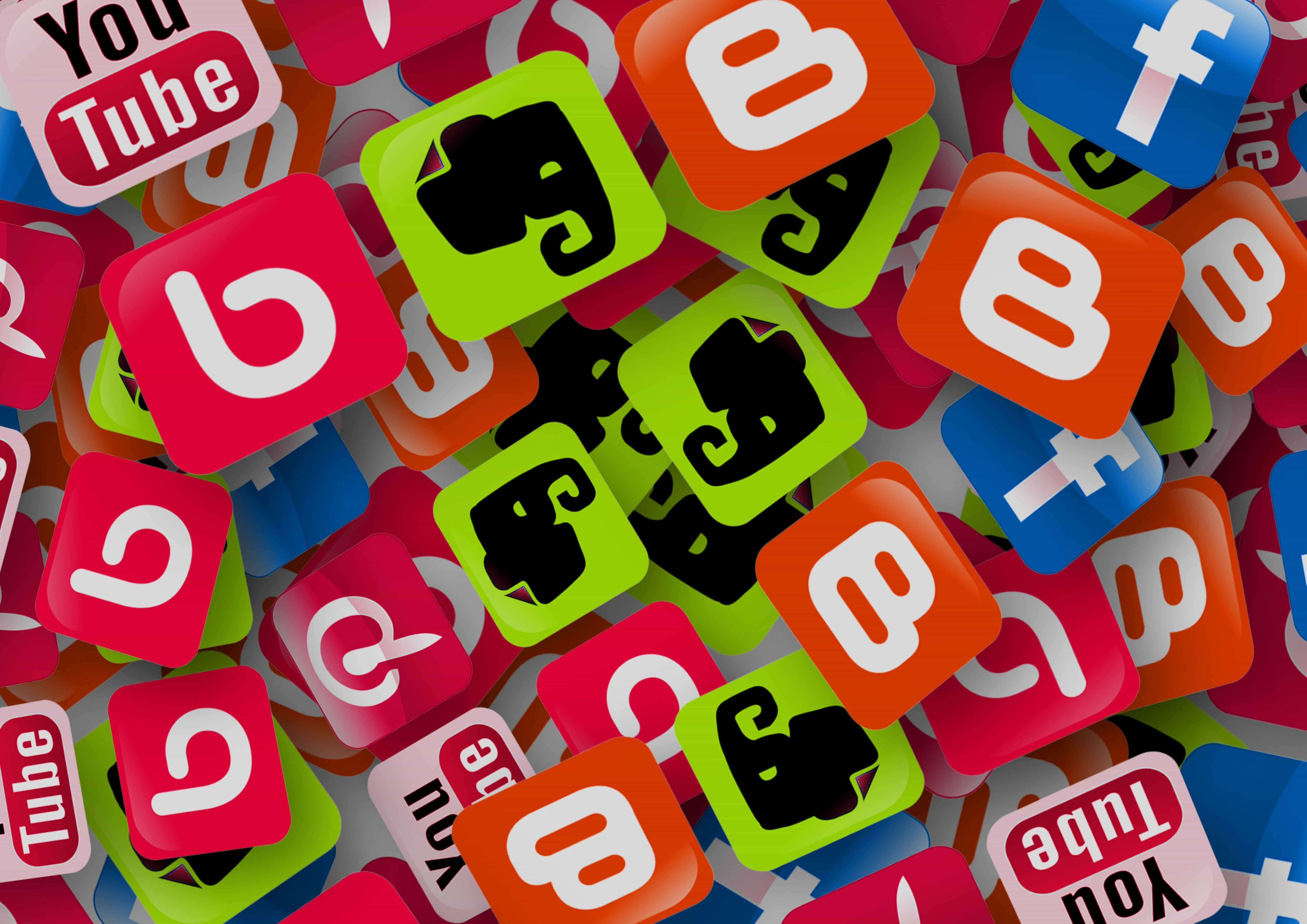 Contenido en redes sociales. La importancia de la imagen en las publicaciones.