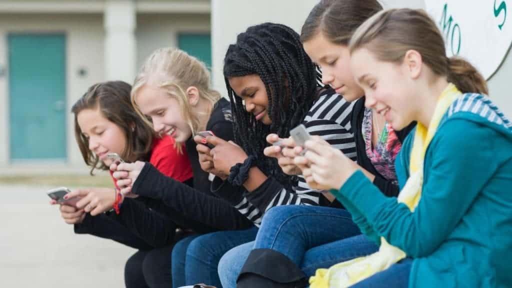 marketing de contenidos para movil. Jóvenes móvil