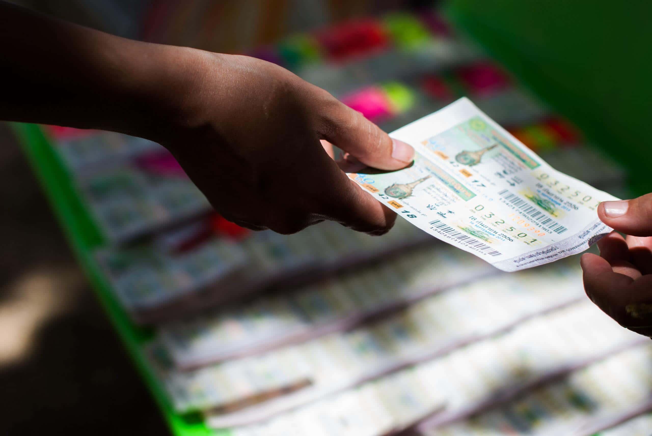 jugar a la Lotería Nacional